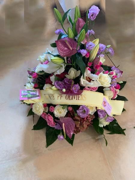 Compositions florales de diverses formes