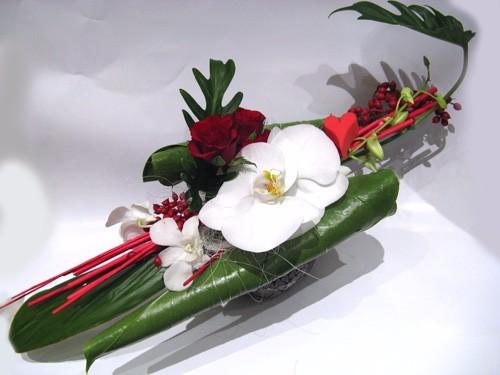 compositions florales gerbe de fleurs nice carros. Black Bedroom Furniture Sets. Home Design Ideas